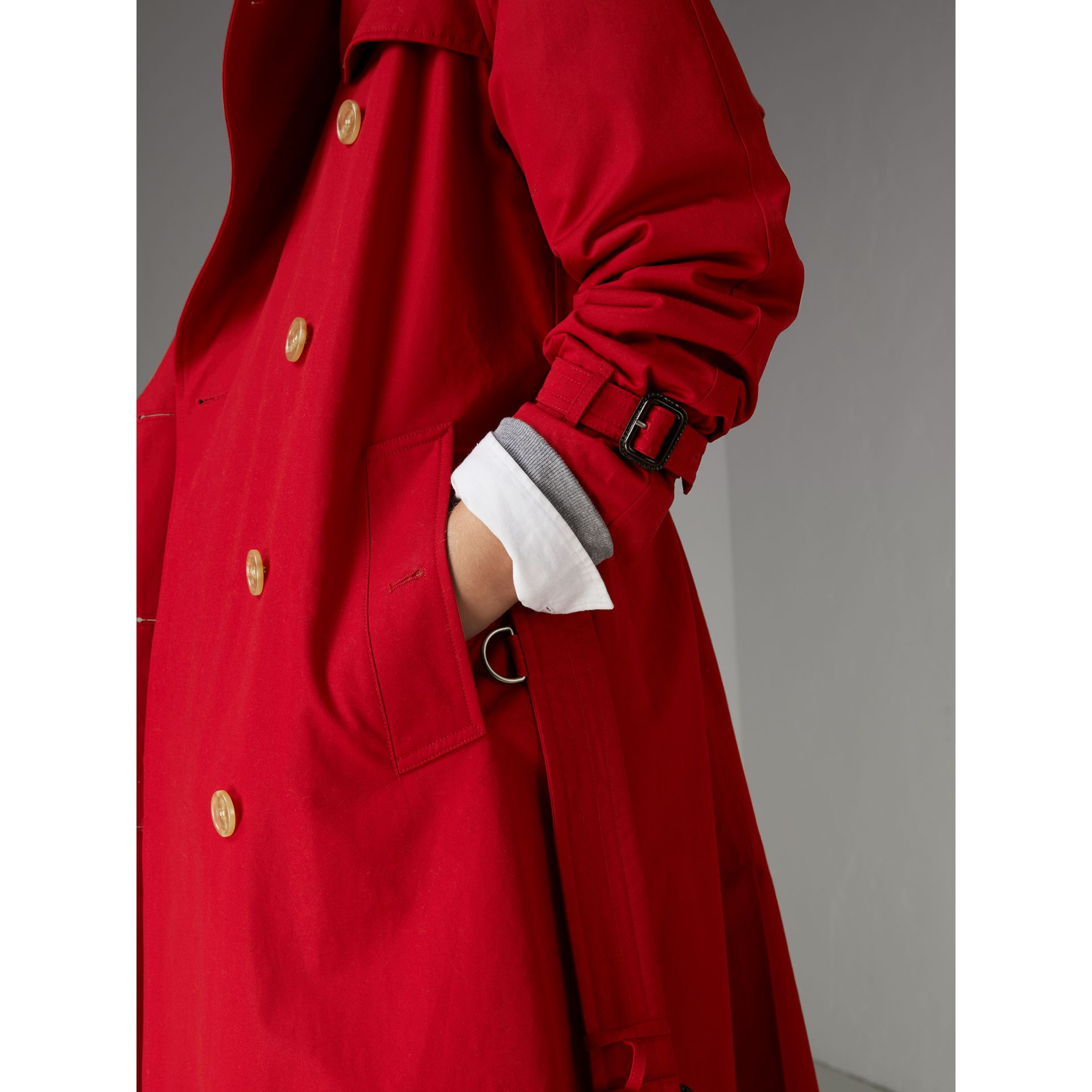 Raglan-sleeve Cotton Trench Coat in Parade Red - Women | Burberry Singapore - gallery image 1