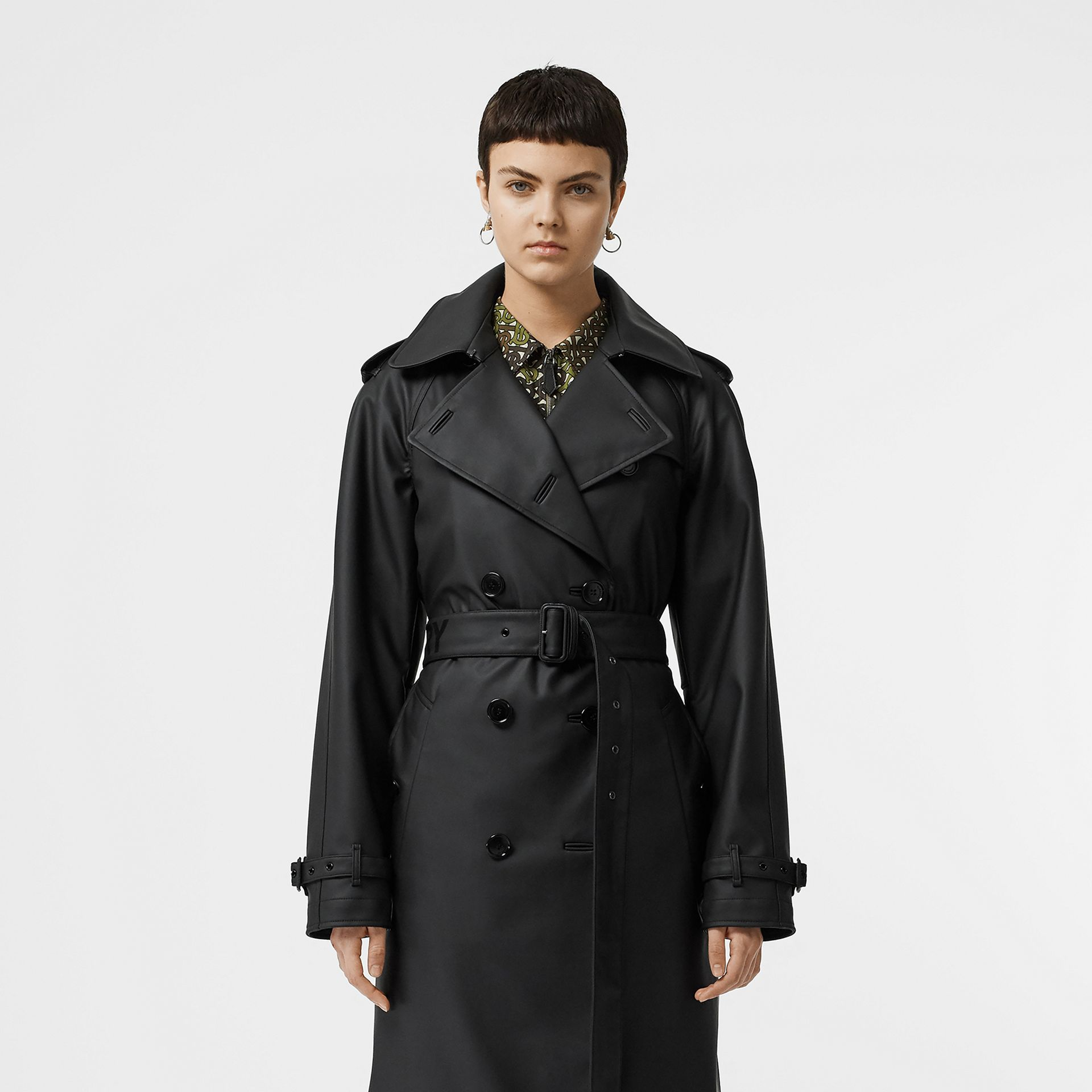 Logo Detail Showerproof Trench Coat in Black/white - Women | Burberry - gallery image 9