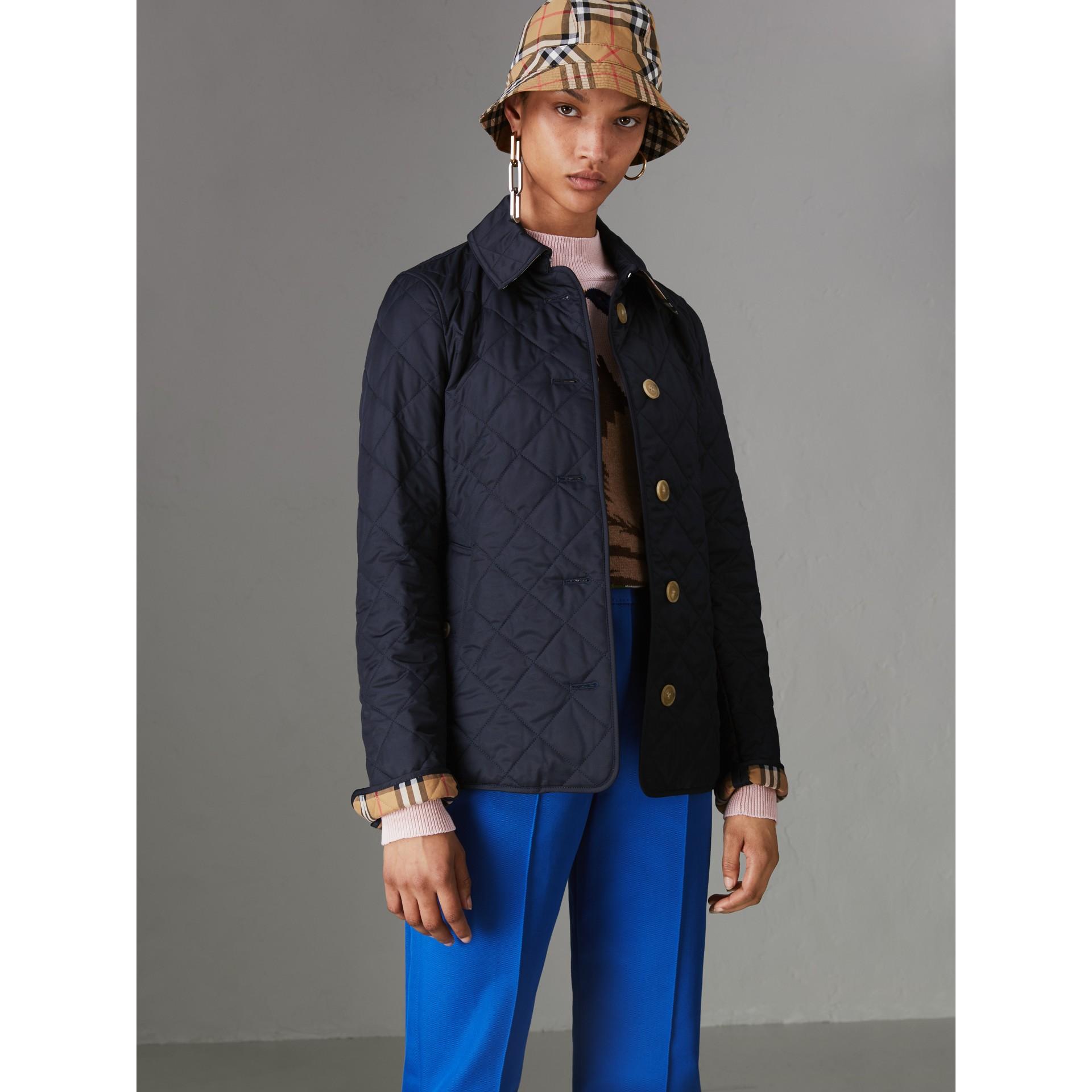 Chaqueta acolchada a rombos (Azul Marino) - Mujer | Burberry - imagen de la galería 4