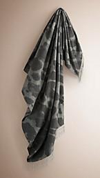 Animal Jacquard Cashmere Blanket