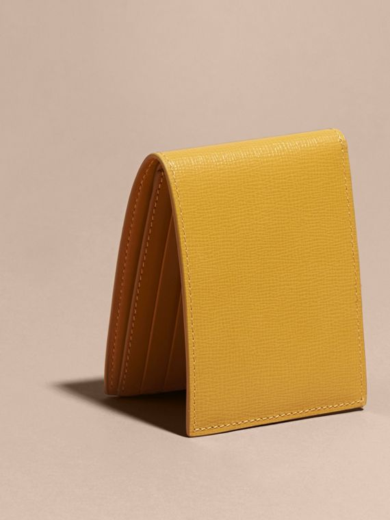 London Leather Bifold Wallet in Larch Yellow - cell image 2