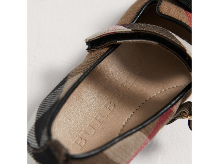 Bow Detail House Check Ballerinas in Classic | Burberry - cell image 1