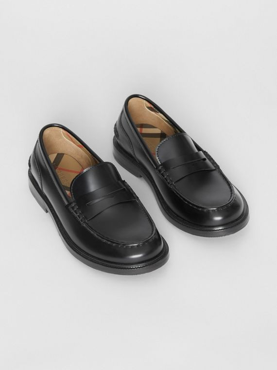 Smooth Leather Loafers in Black