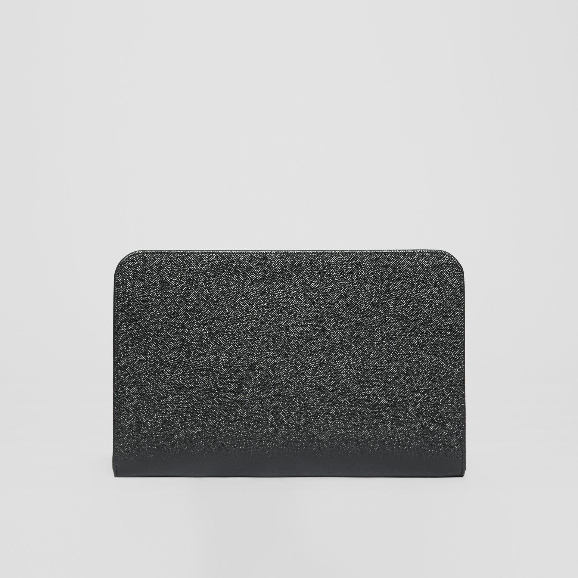 그레이니 레더 지퍼라운드 파우치 (블랙) | Burberry - 갤러리 이미지 9