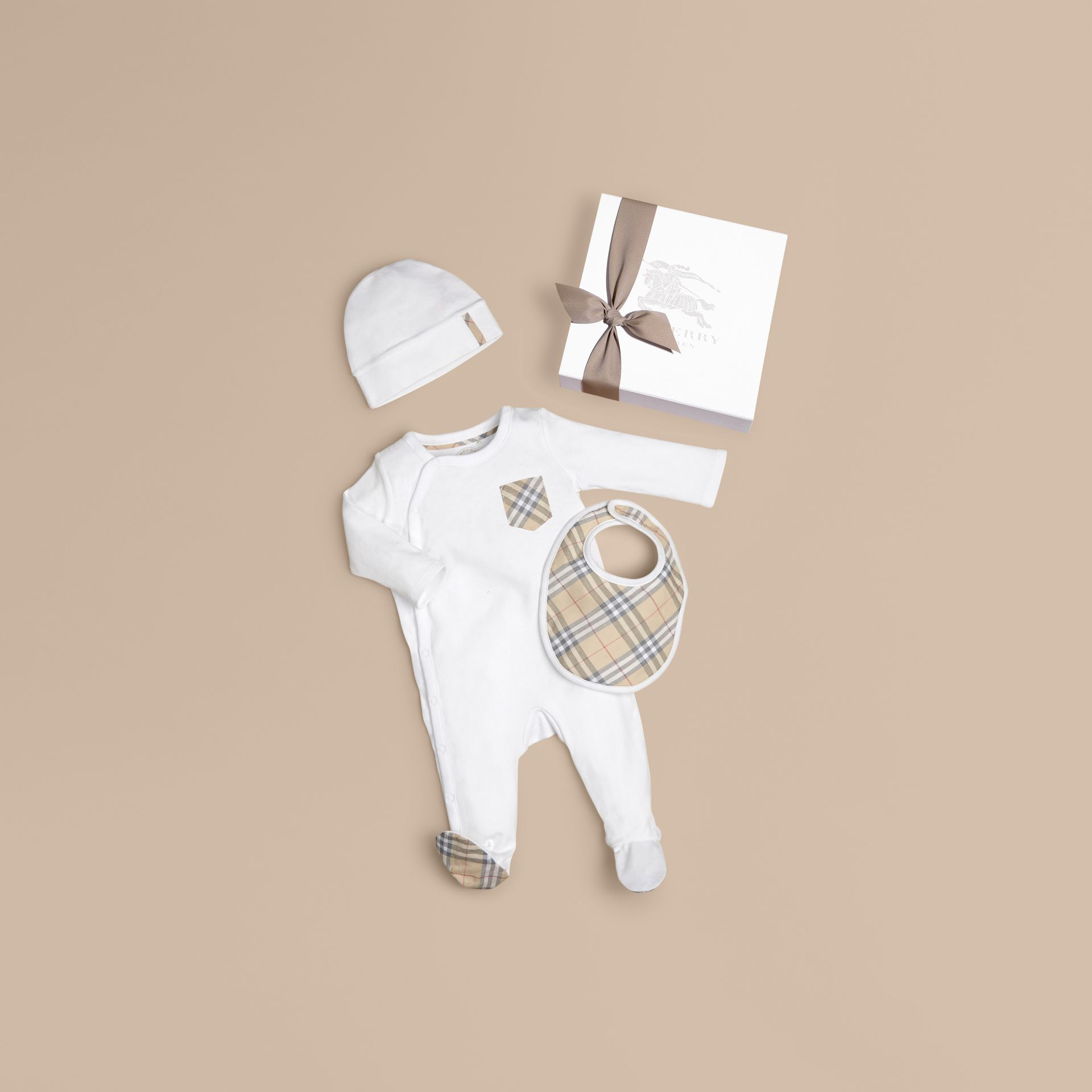 Check Cotton Three-piece Baby Gift Set in White - Boy | Burberry United States - gallery image 0