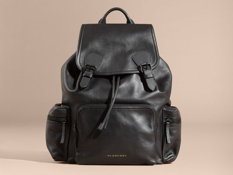 The Large Rucksack in Water-repellent Leather in Black - cell image 4