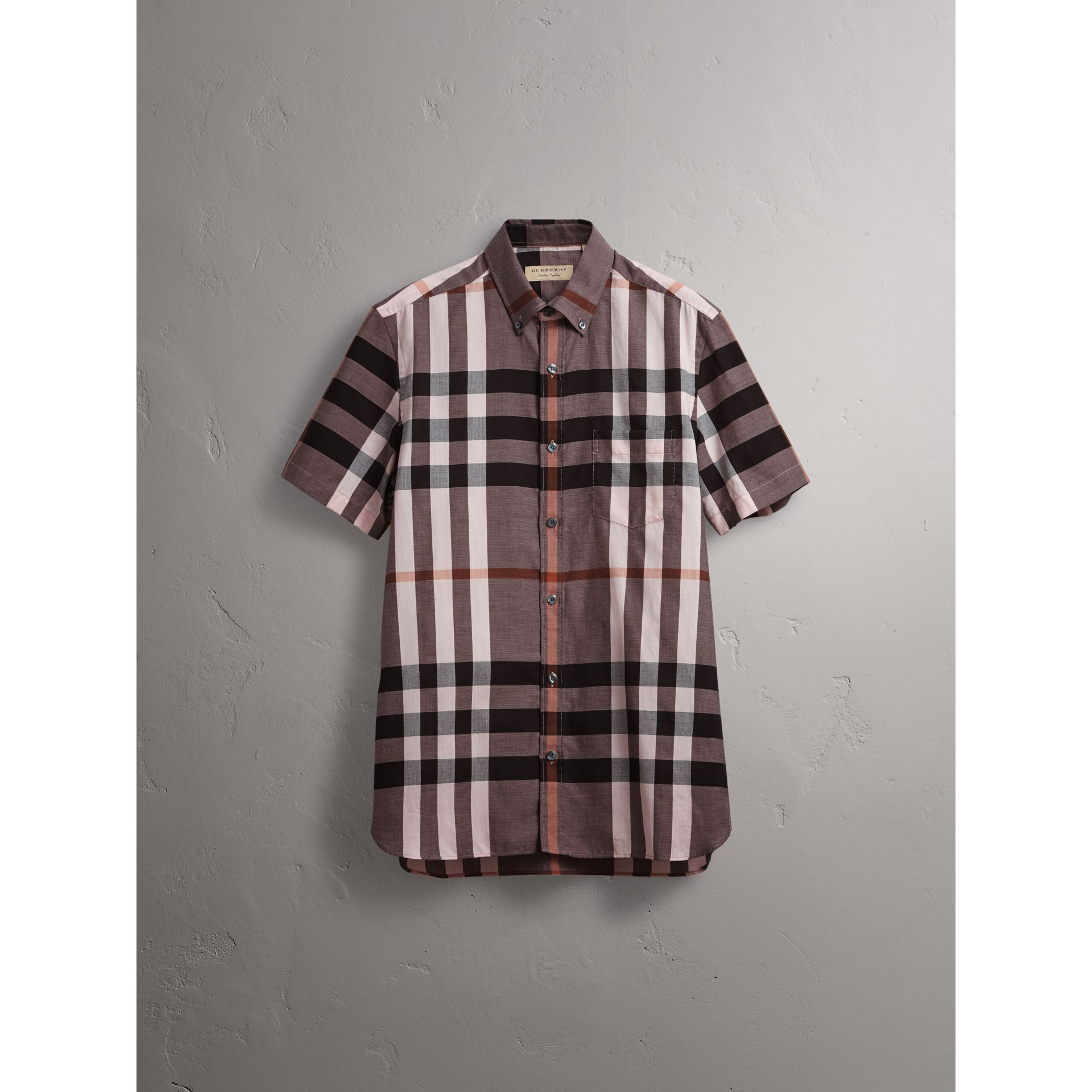 Button-down Collar Short-sleeve Check Cotton Shirt in Antique Rose - Men | Burberry - gallery image 4