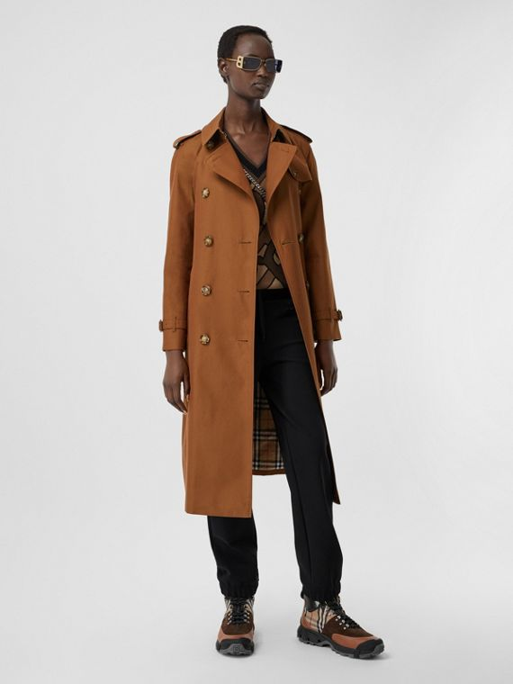 The Waterloo Heritage Trench Coat in Chestnut Brown