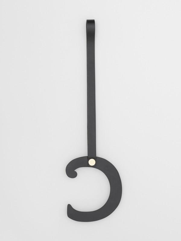 Taschenanhänger aus Leder in C-Form mit Ziernieten (Schwarz/helles Goldfarben) - Damen | Burberry - cell image 2