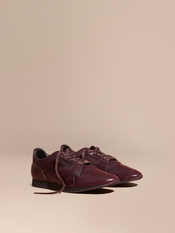 The Field Sneaker in Leather Elderberry