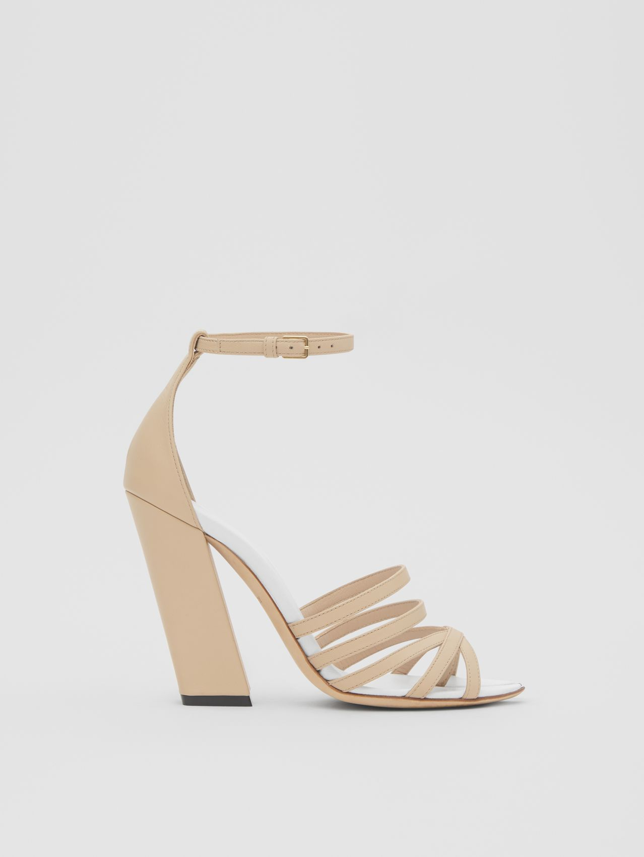 Split-toe Detail Leather Sandals (Soft Fawn)
