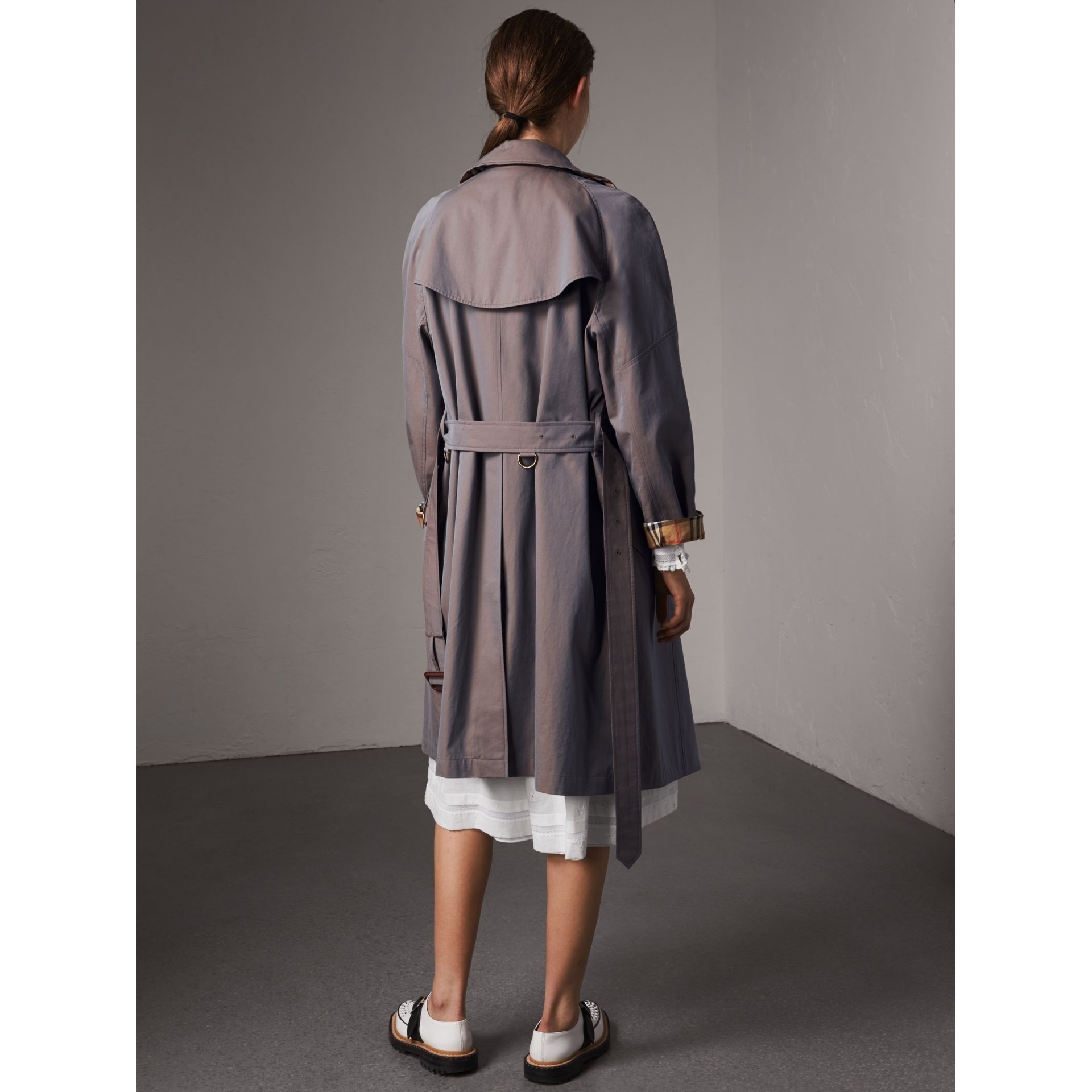 Tropical Gabardine Asymmetric Trench Coat in Lilac Grey - Women | Burberry Singapore - gallery image 2