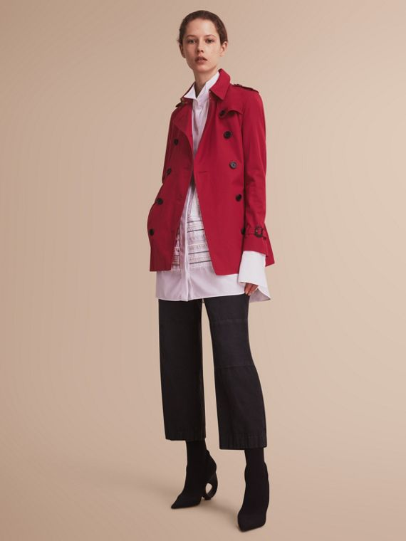 The Kensington – Short Heritage Trench Coat Parade Red