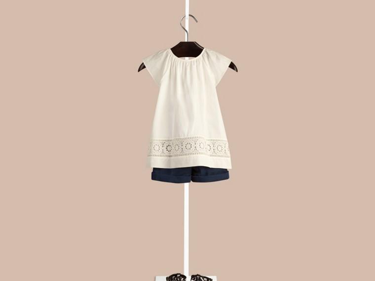 Bianco Blusa in cotone con dettagli in pizzo - cell image 1