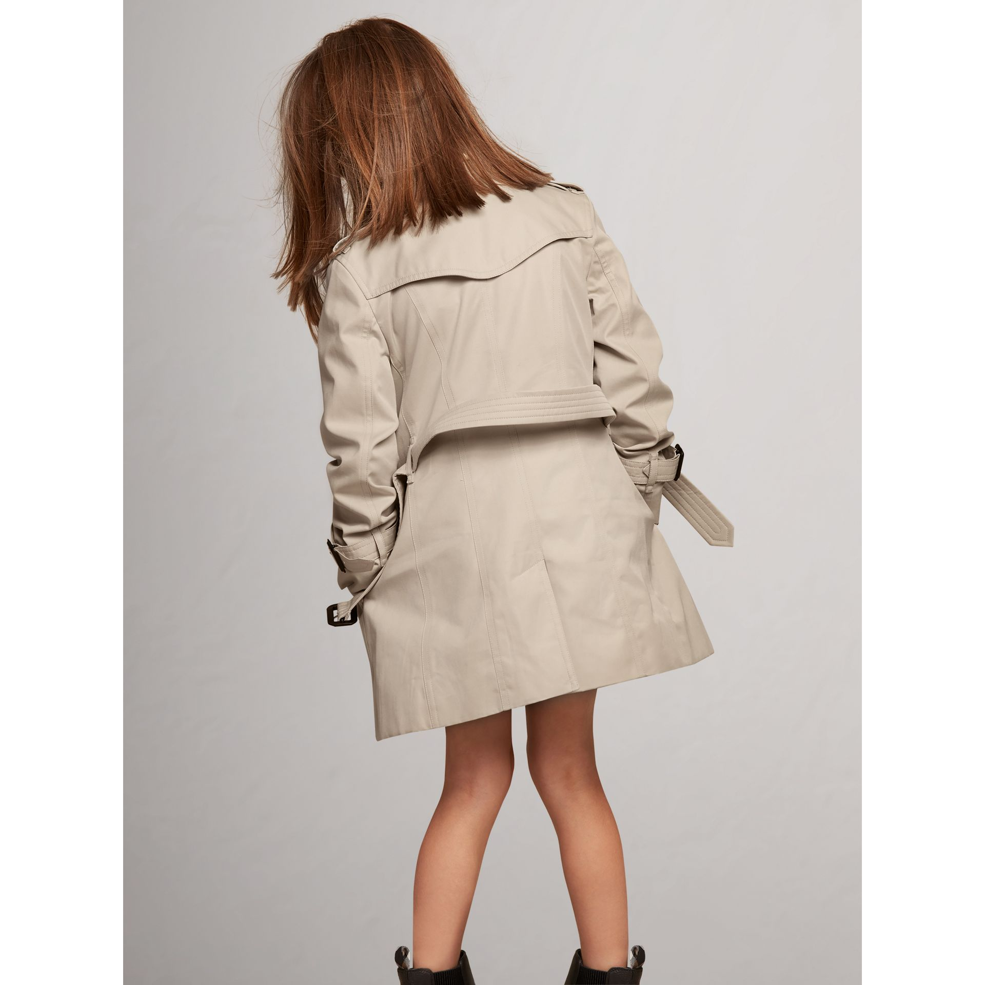 The Sandringham – Heritage Trench Coat in Stone - Girl | Burberry United States - gallery image 4