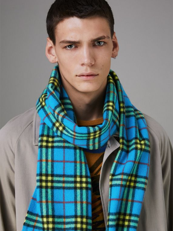 Check Cashmere Scarf in Bright Sky Blue | Burberry - cell image 3