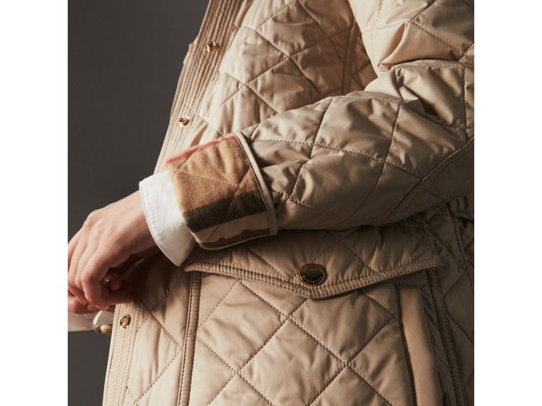 Check Detail Diamond Quilted Jacket in Dark Stone - Women | Burberry - cell image 4