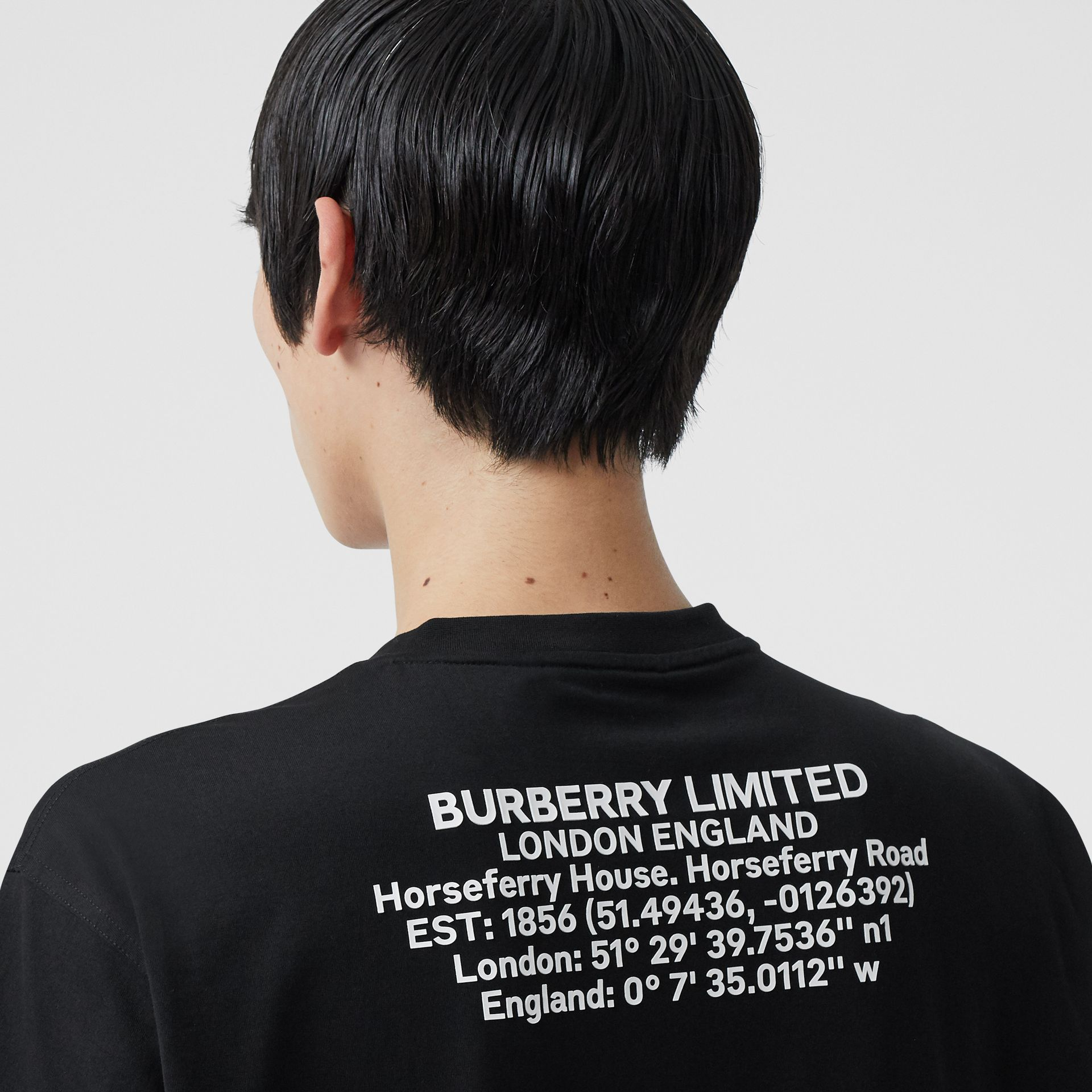 Location Print Cotton Oversized T-shirt in Black - Men | Burberry - gallery image 4