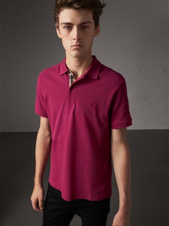 Poloshirt aus Baumwollpiqué mit Check-Knopfleiste (Himbeersorbetfarben)