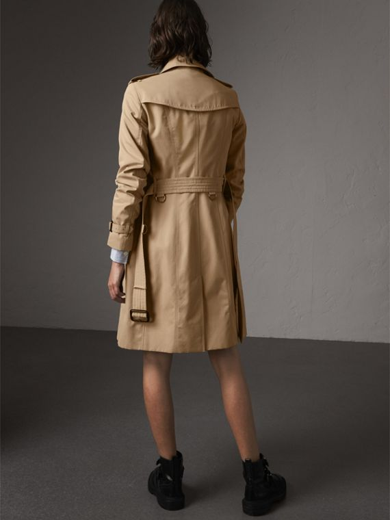 The Sandringham – Long Trench Coat in Honey - Women | Burberry Hong Kong - cell image 2