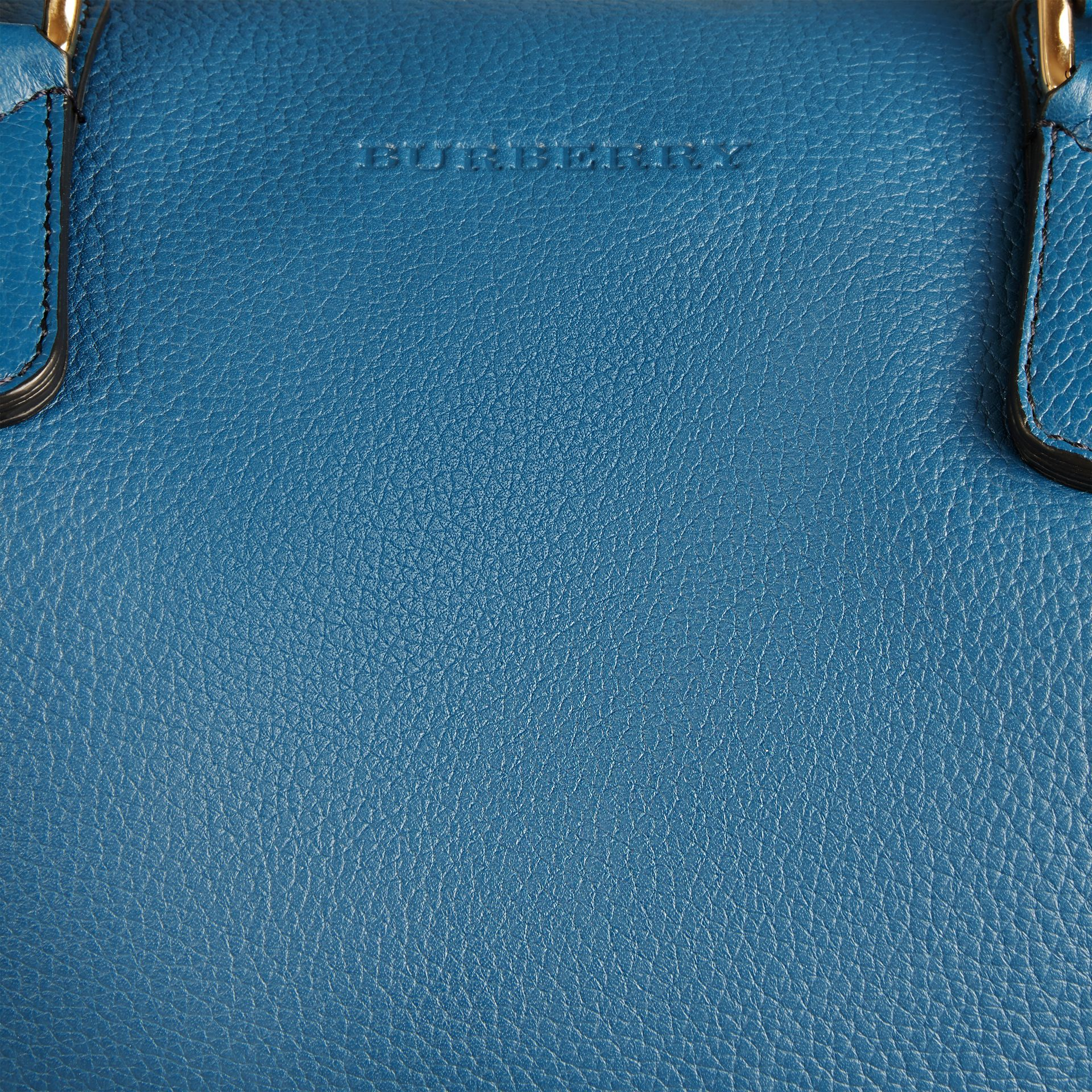Mineral blue Grainy Leather Holdall Mineral Blue - gallery image 5