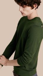 Lightweight Crew Neck Cashmere Sweater with Check Trim