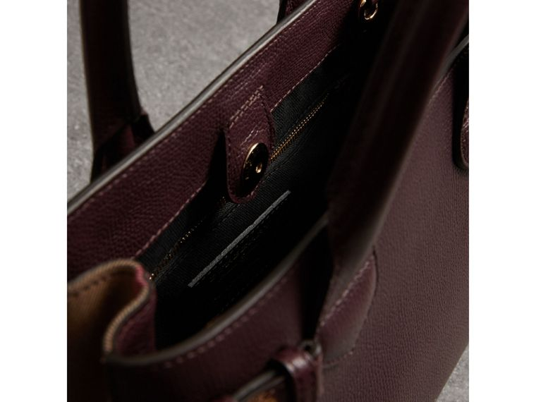 The Small Banner in Leather and House Check in Mahogany Red - Women | Burberry - cell image 4