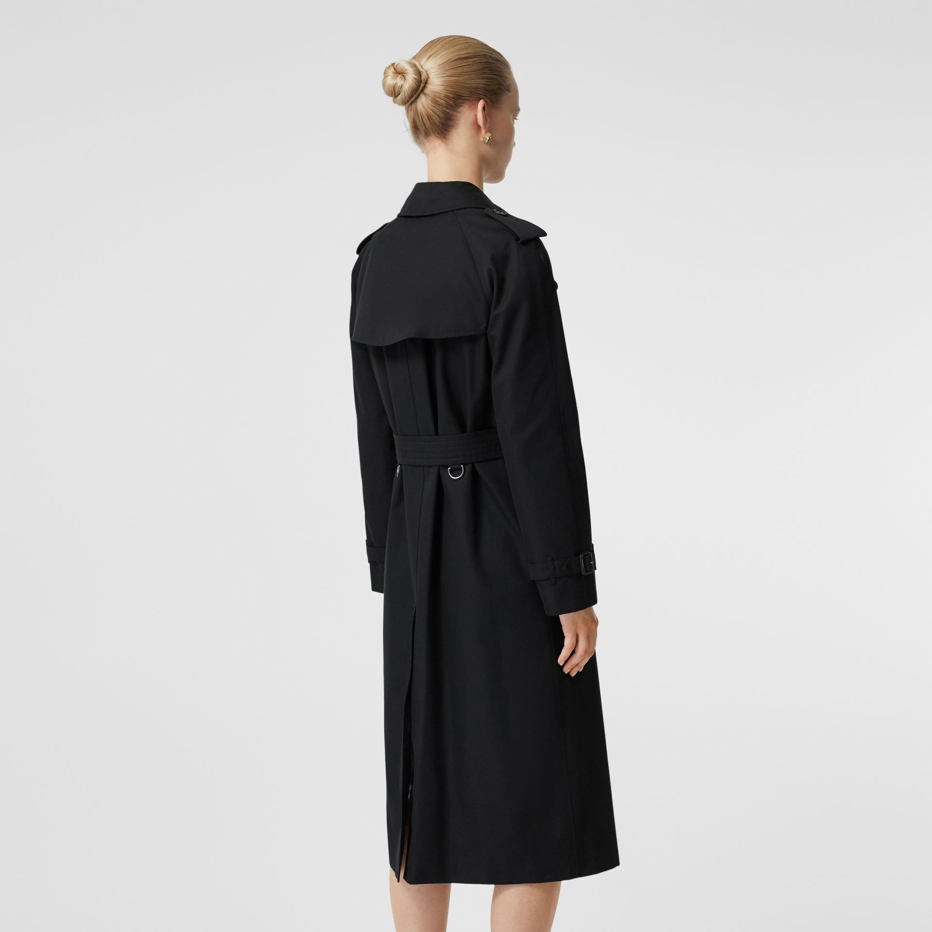 The Long Waterloo Heritage Trench Coat in Black - Women | Burberry United States - gallery image 6