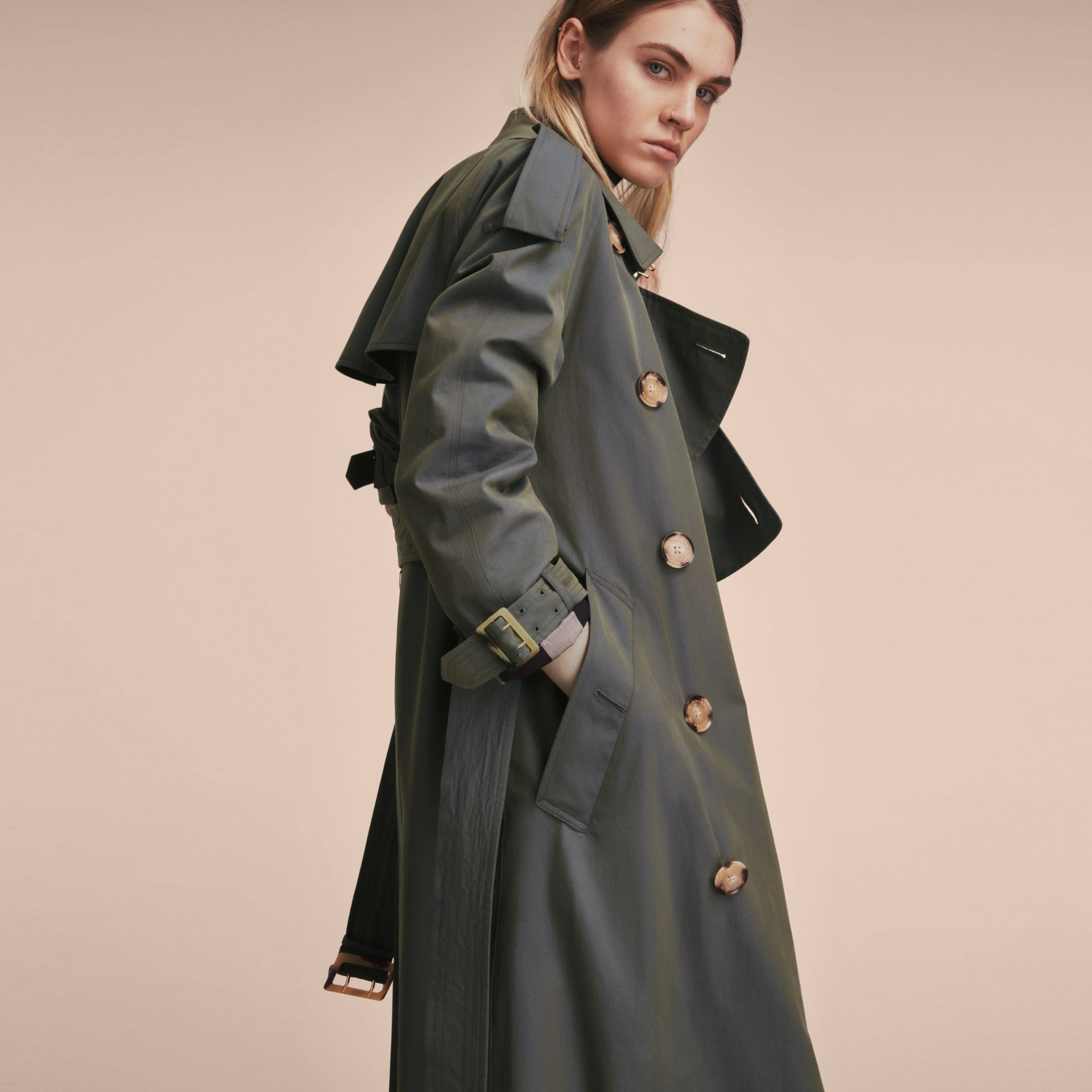 Tropical Gabardine Trench Coat in Storm Blue - Women | Burberry Canada - gallery image 5