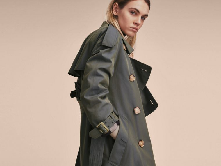 Tropical Gabardine Trench Coat in Storm Blue - Women | Burberry - cell image 4