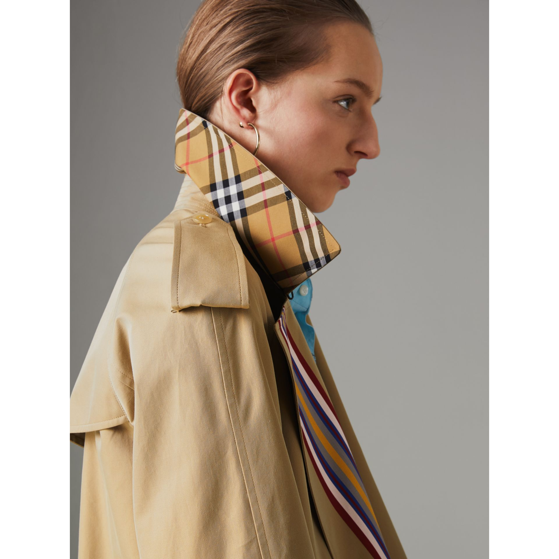 Collegiate Stripe Cotton Gabardine Trench Coat in Honey - Women | Burberry United States - gallery image 5