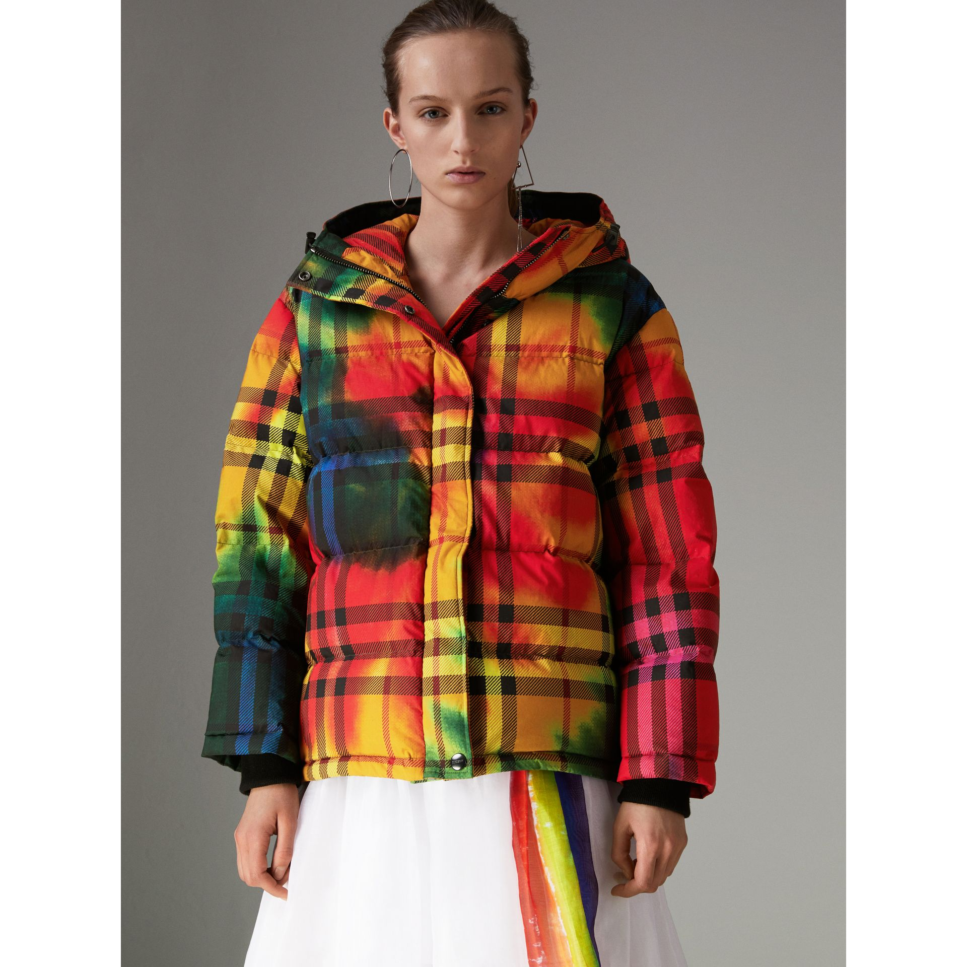 Tie-dye Print Vintage Check Puffer Jacket in Multicolour - Women | Burberry - gallery image 4