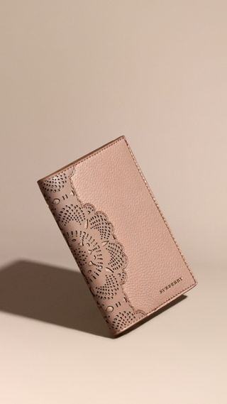 Grainy Leather Passport Cover