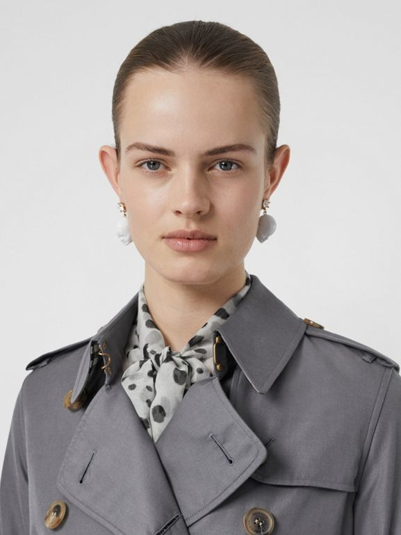 The Long Kensington Heritage Trench Coat in Mid Grey - Women | Burberry Australia - cell image 1