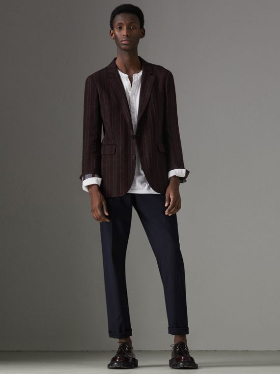 Soho Fit Striped Linen Tailored Jacket in Burgundy