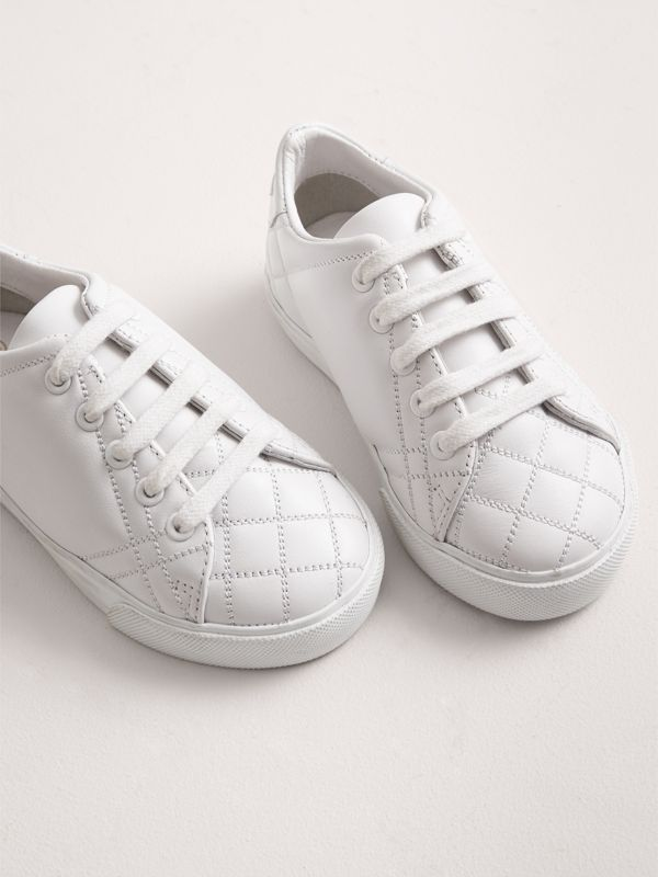 Check Detail Leather Sneakers in Optic White - Children | Burberry - cell image 3