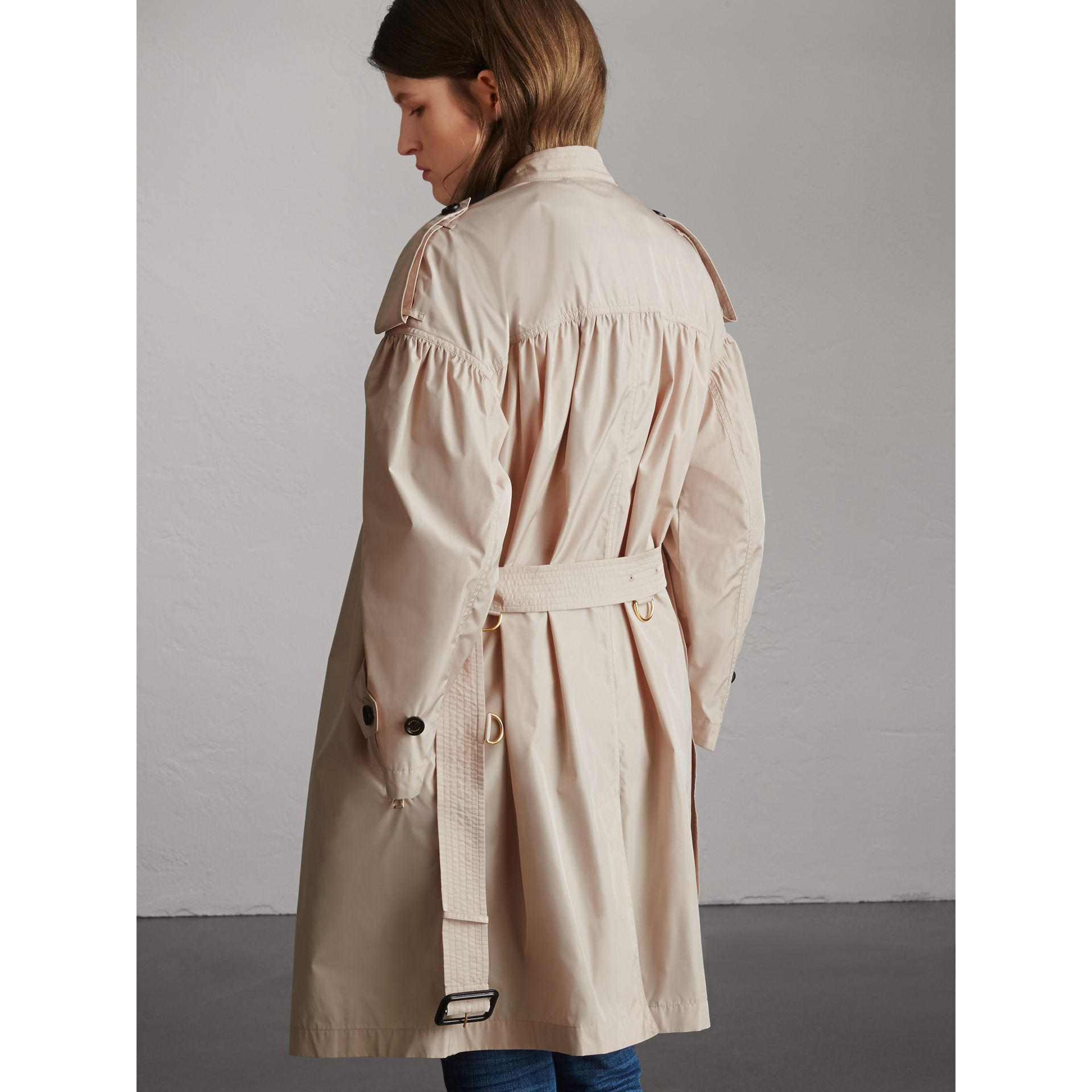 Lightweight Ruched Coat in Antique Taupe Pink - Women | Burberry Singapore - gallery image 3