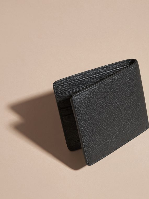 Black Leather Folding Wallet Black - cell image 3