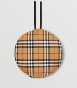 Béret en laine à motif Vintage check avec badges (Jaune Antique) 653dc5f5d0e7