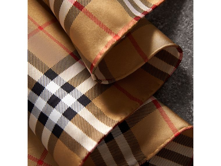 The Burberry Bandana in Vintage Check Silk | Burberry - cell image 1