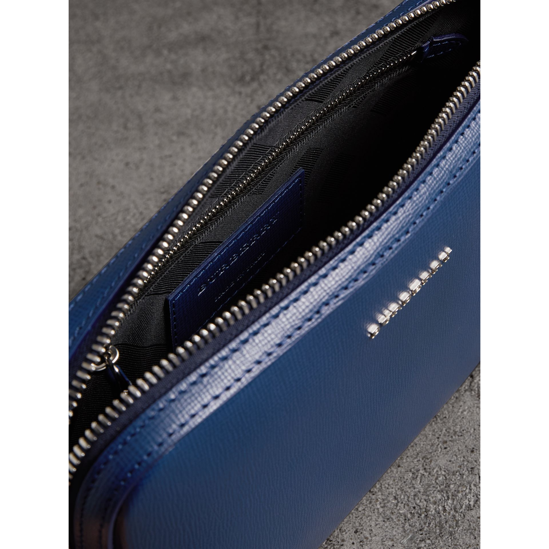 London Leather Pouch in Deep Blue | Burberry United Kingdom - gallery image 4