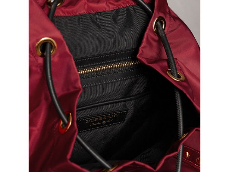 The Medium Rucksack aus Nylon und Leder (Karmesinrot) - Damen | Burberry - cell image 4