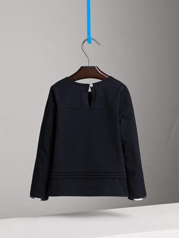 Camiseta com mangas longas de algodão com detalhe xadrez e pregas (Azul Marinho) - Menina | Burberry - cell image 3