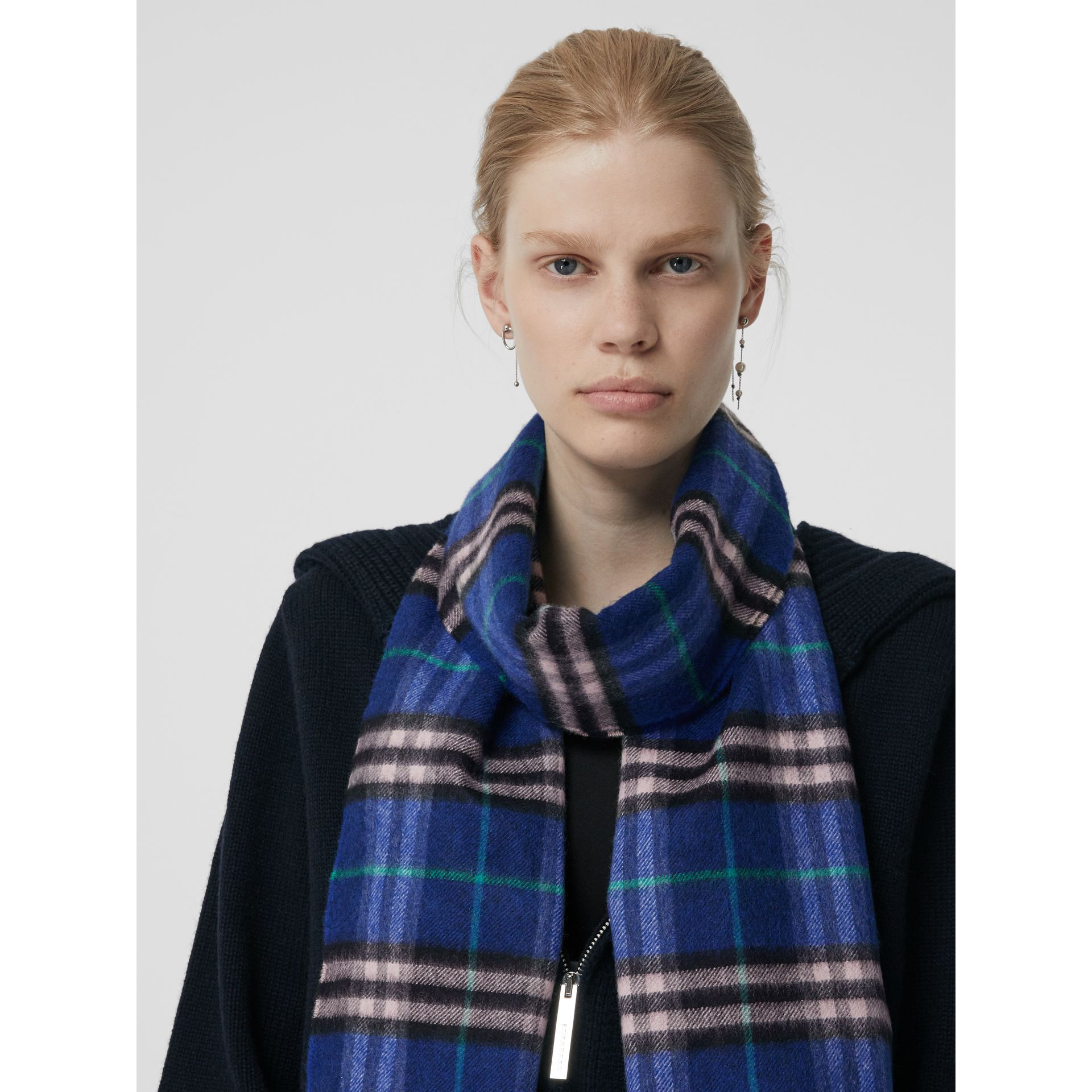 Check Cashmere Scarf in Bright Navy | Burberry Australia - gallery image 4