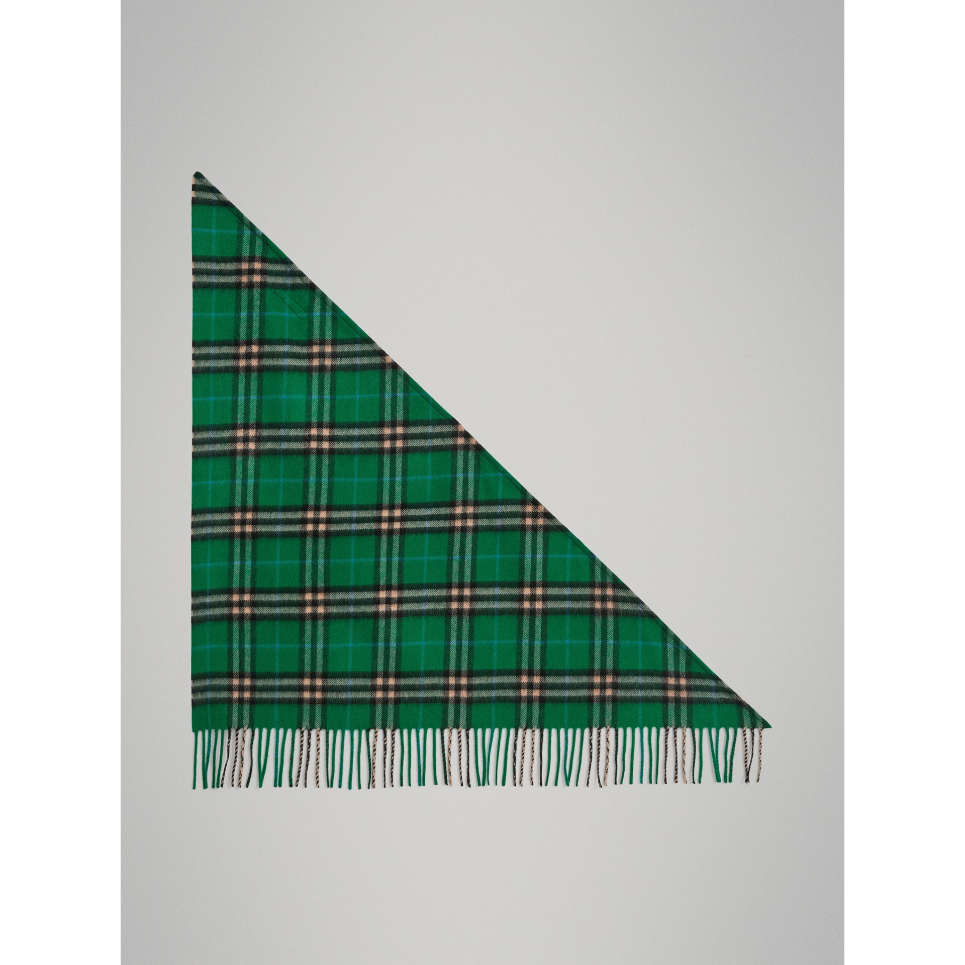 The Burberry Bandana mini in cashmere con motivo tartan (Verde Pino) | Burberry - immagine della galleria 2