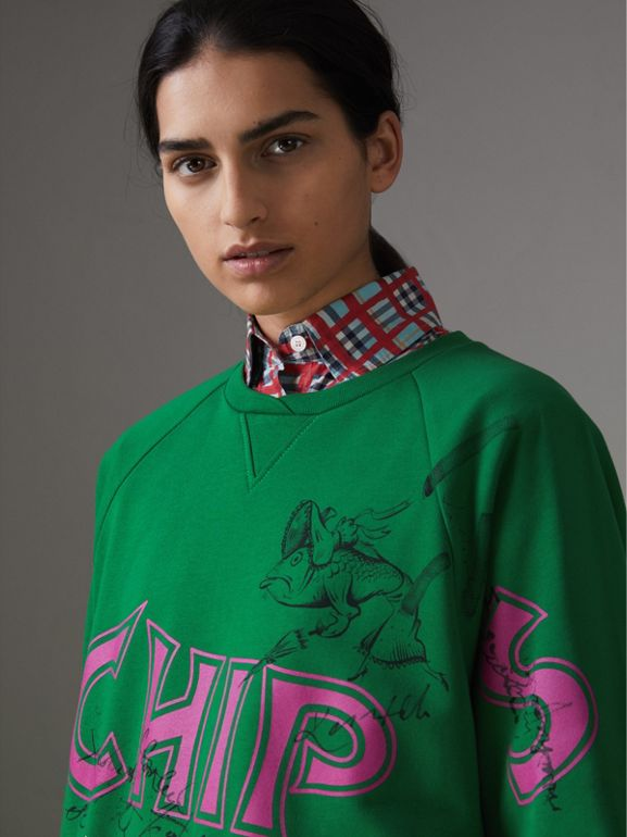 Fish and Chips Print Cotton Sweatshirt in Pigment Green - Women | Burberry Australia - cell image 1