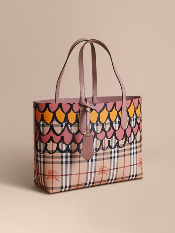 The Medium Reversible Tote in Trompe L'oeil Print