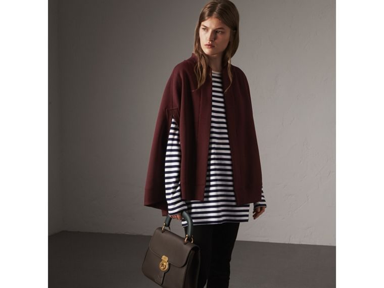 Cape en jersey brodé (Bordeaux Intense) - Femme | Burberry - cell image 4