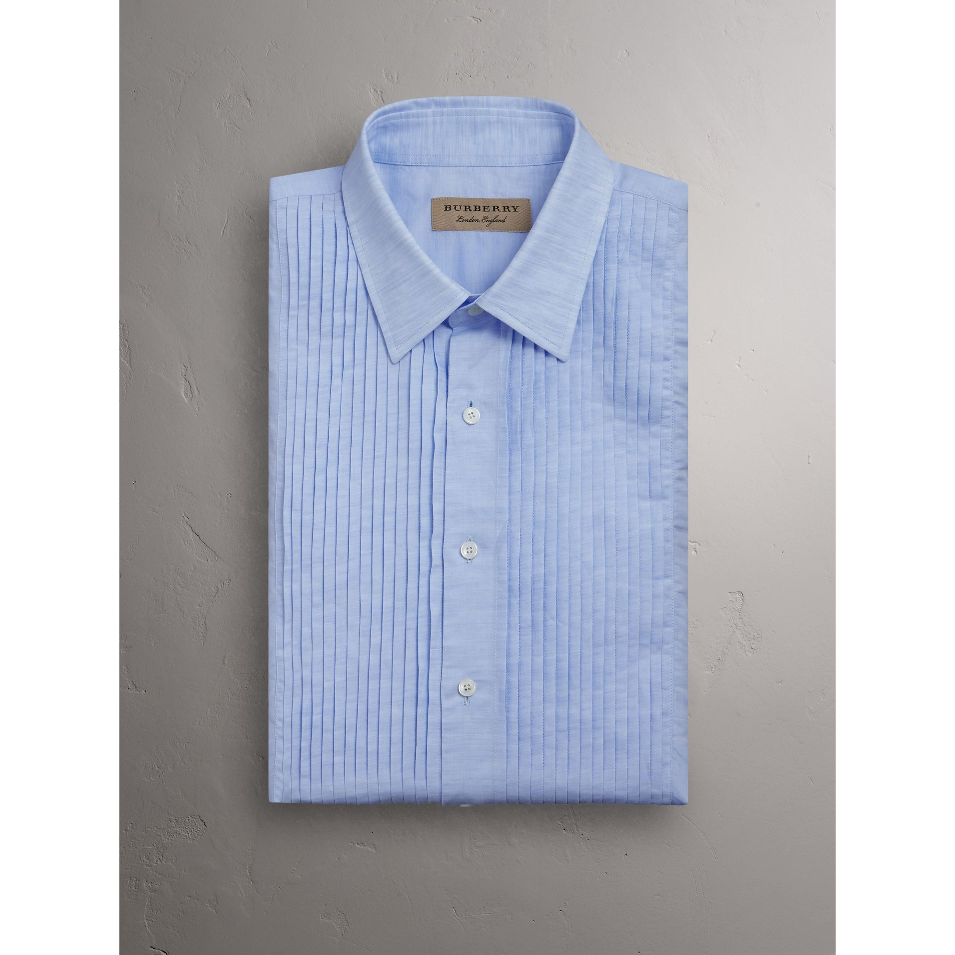 Modern Fit Linen Cotton Dress Shirt in Pale Blue - Men | Burberry - gallery image 4