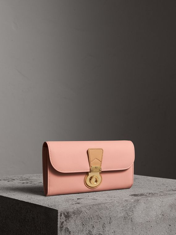 Two-tone Trench Leather Continental Wallet in Ash Rose/pale Clementine